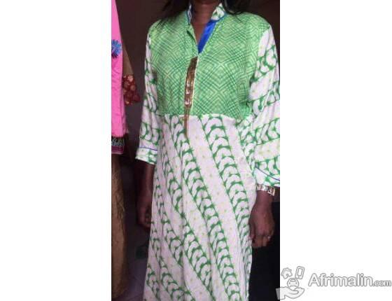 Vêtement pour femmes