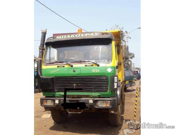 Camion Mercedes 12 roues