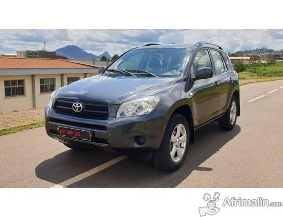 Belle 2009 Toyota Rav4 avec 4WD Full Option à vendre
