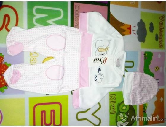 Grenouillère disponible pour fille et garçon 0-6 mois