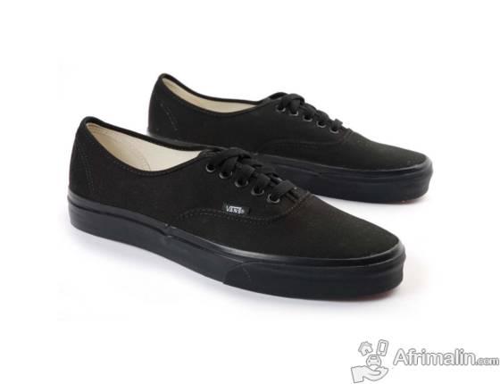 vans noirs