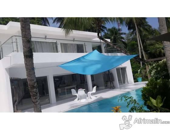 domaine de 3399 m2 et maison de 350 m2 a vendre sur. Black Bedroom Furniture Sets. Home Design Ideas