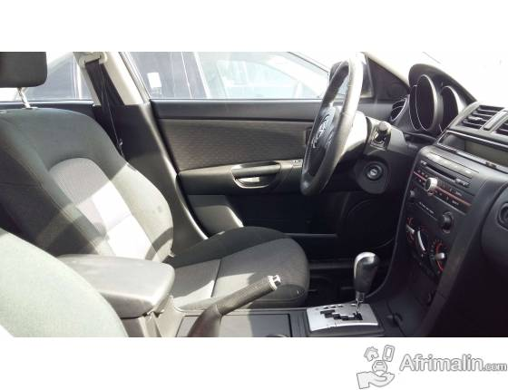 Mazda 3 noir