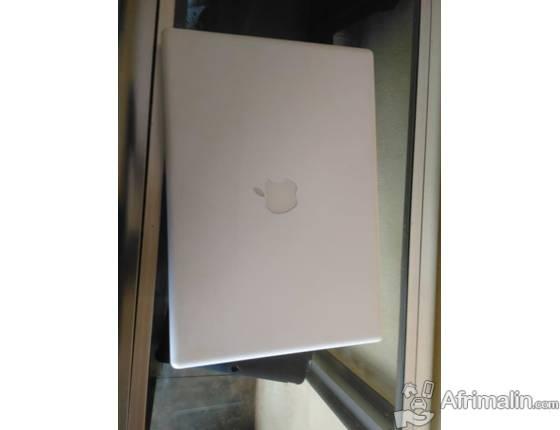 Ordinateur MacBook 2009