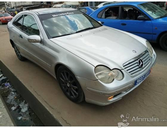 Mercedes C200 kompressor  auto 2000