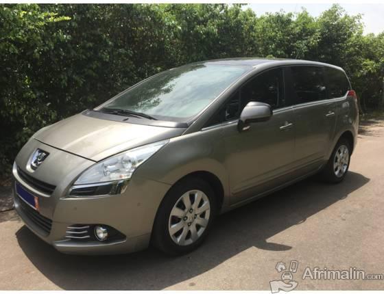 A vendre : Monospace Peugeot 5008 1.6 HDi 112 FAP BVM6 Active