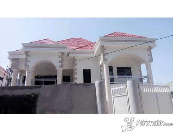 villa a vendre conakry r gion de conakry guin e. Black Bedroom Furniture Sets. Home Design Ideas
