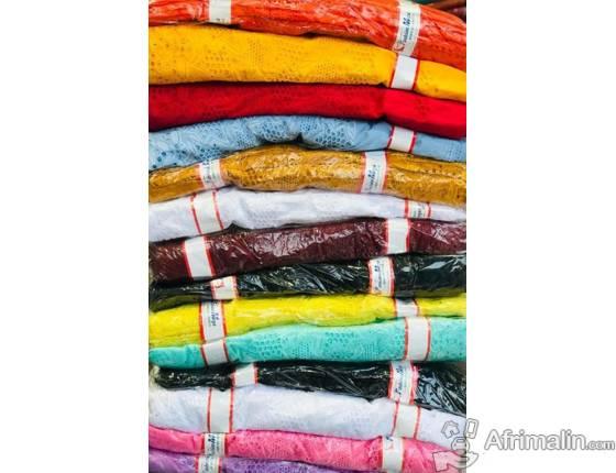 Vetement : Tissue Brodé pour tous