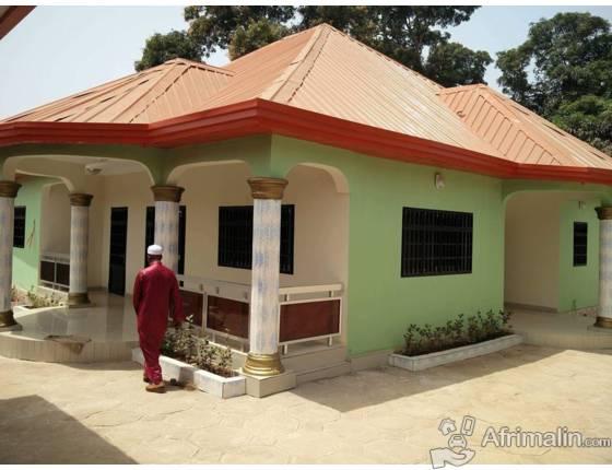 villa a vendre conakry r gion de conakry guin e maisons villas sur afrimalin. Black Bedroom Furniture Sets. Home Design Ideas