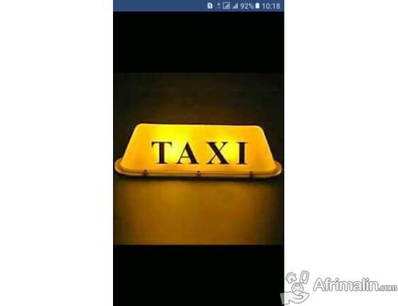 Chauffeur de taxi à Yaoundé