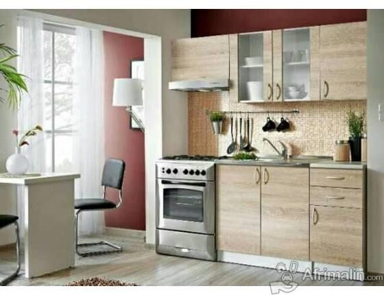 la cuisine cuisine en 180 cm made in europe dakar r gion de dakar s n gal electrom nager. Black Bedroom Furniture Sets. Home Design Ideas