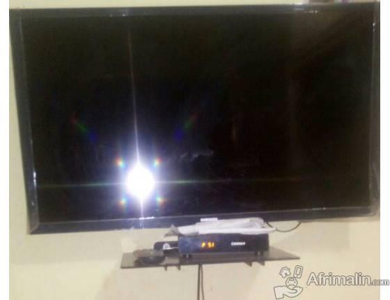Television samsung ecran plat 32pouce a vendre a 100000