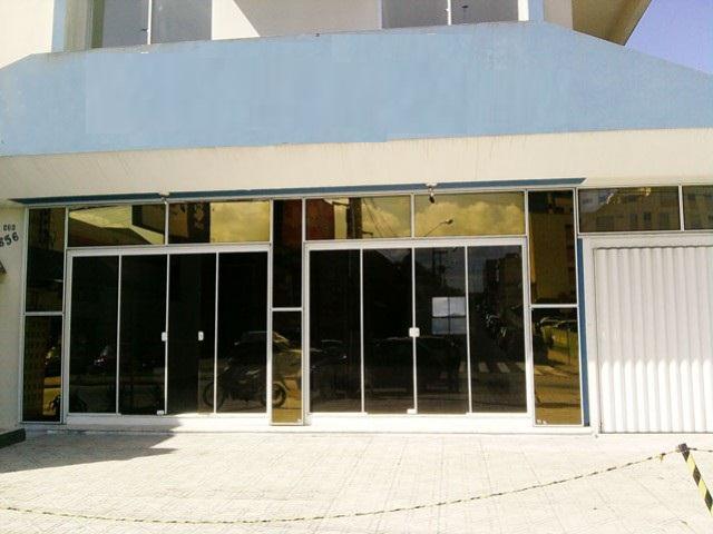 LojaCódigo 8992 para Alugar no bairro Estreito na cidade de Florianópolis