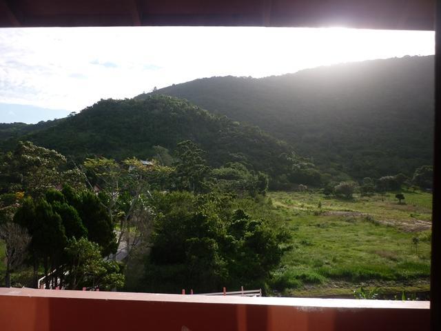 12. vista terreno que segue laterais(1,230m)