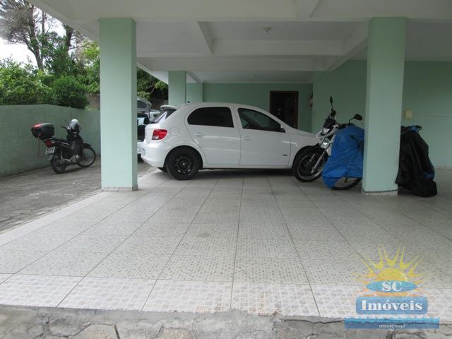 16. Garagem