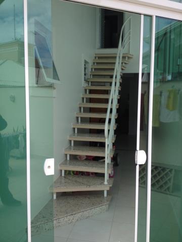 10. escada da suíte superior