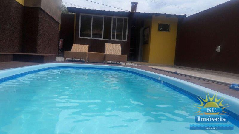 7. piscina e edícula