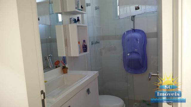 23. Banheiro de uma suite