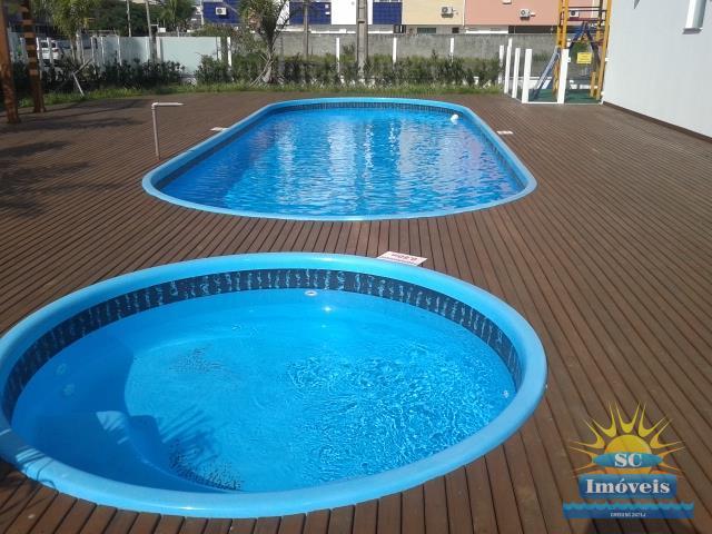 25. piscinas