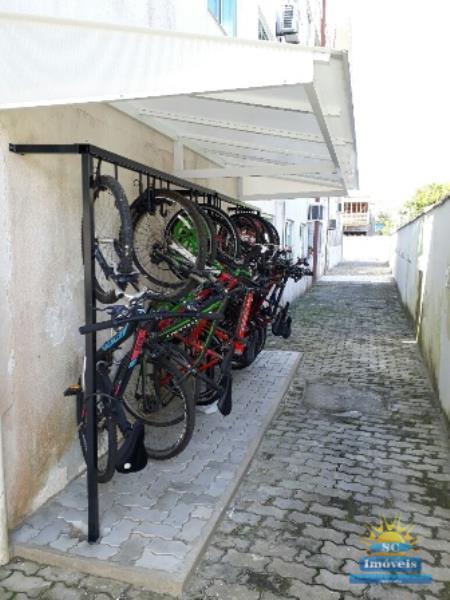 28. Bicicletário