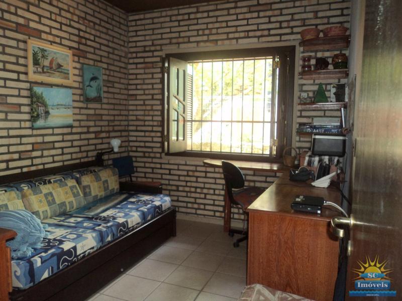 Casa Código 13980 a Venda no bairro Ponta das  Canas na cidade de Florianópolis