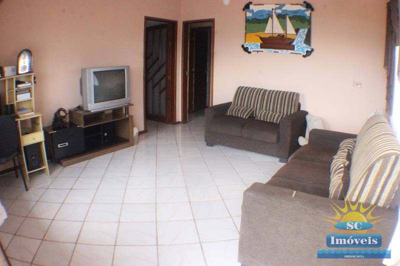 Casa Código 14003 a Venda no bairro Costeira do Pirajubaé na cidade de Florianópolis