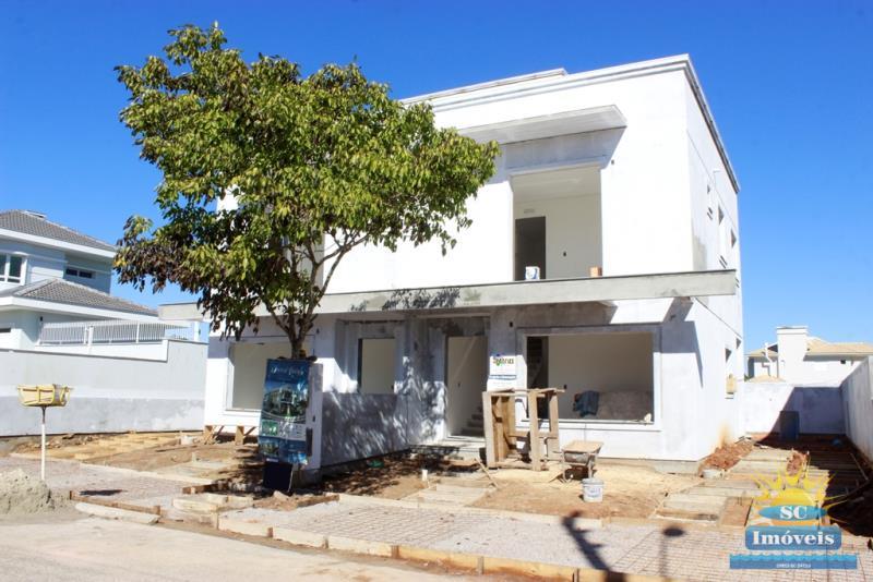Casa GeminadaCódigo 14077 a Venda no bairro Cachoeira do Bom Jesus na cidade de Florianópolis