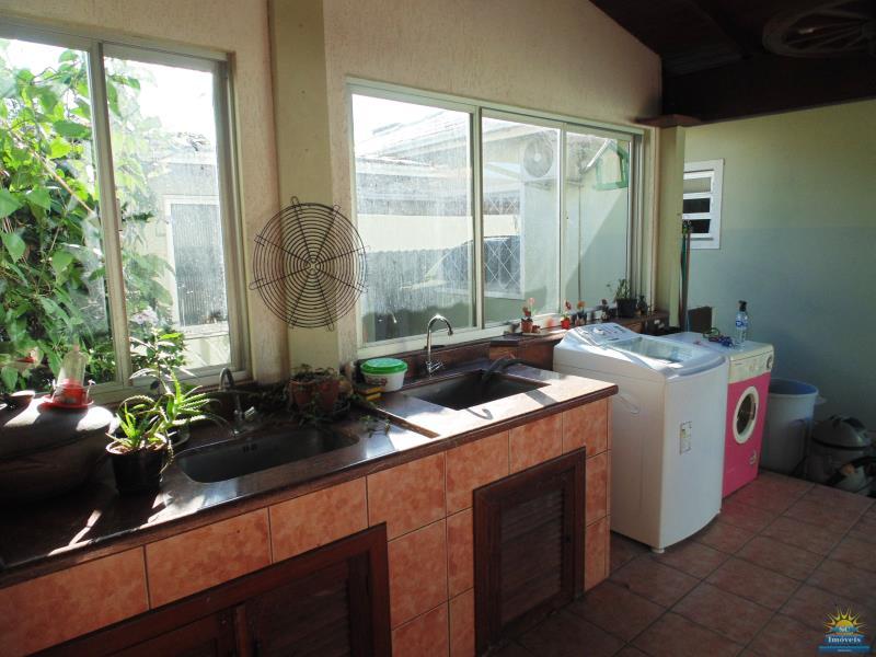 28. Lavanderia (na garagem)