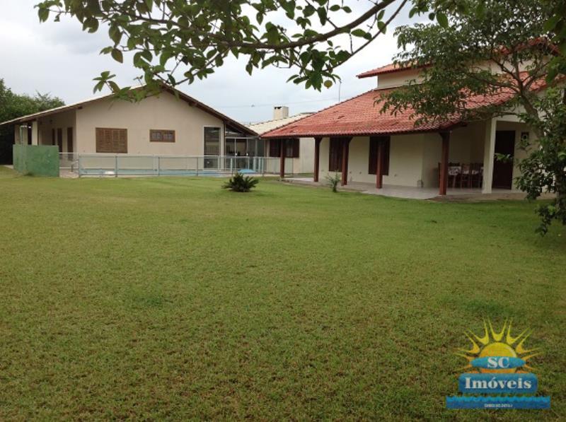 2. Frente Casas ang.2
