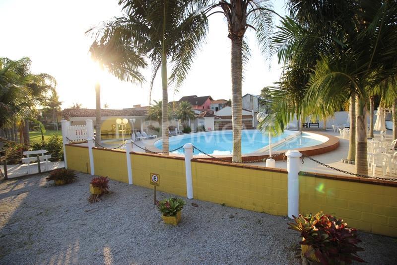 51. piscina para eventos