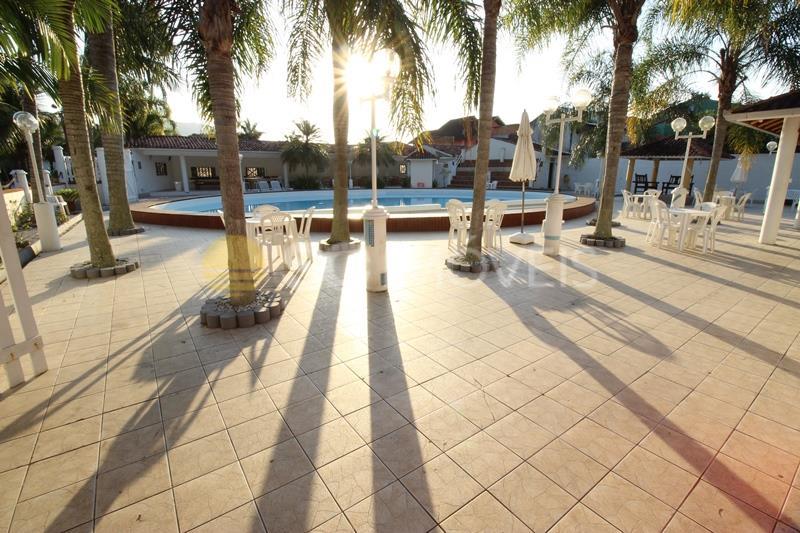 57. piscina para eventos