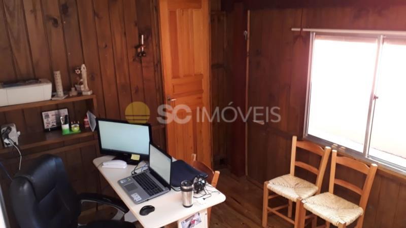 Casa Código 14822 a Venda no bairro São João do Rio Vermelho na cidade de Florianópolis