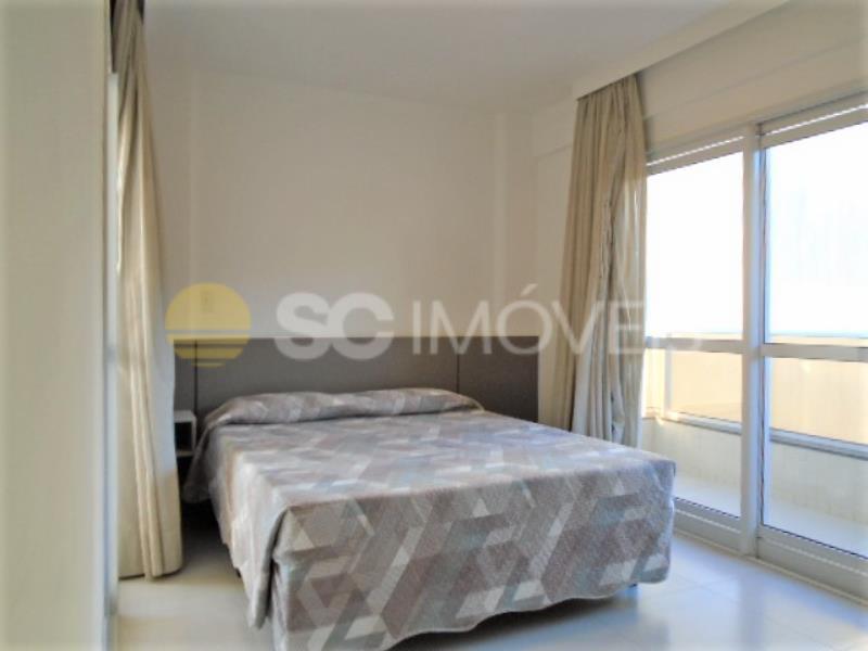9. Dormitório