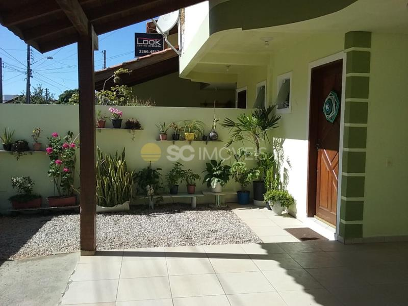 3. Jardim e entrada social.