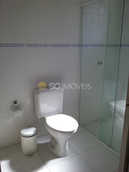 17. Banheiro da suite ang 2