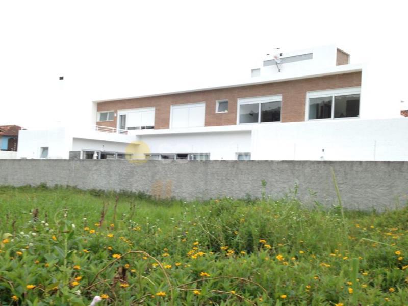 Casa Código 15206 a Venda no bairro Cachoeira do Bom Jesus na cidade de Florianópolis