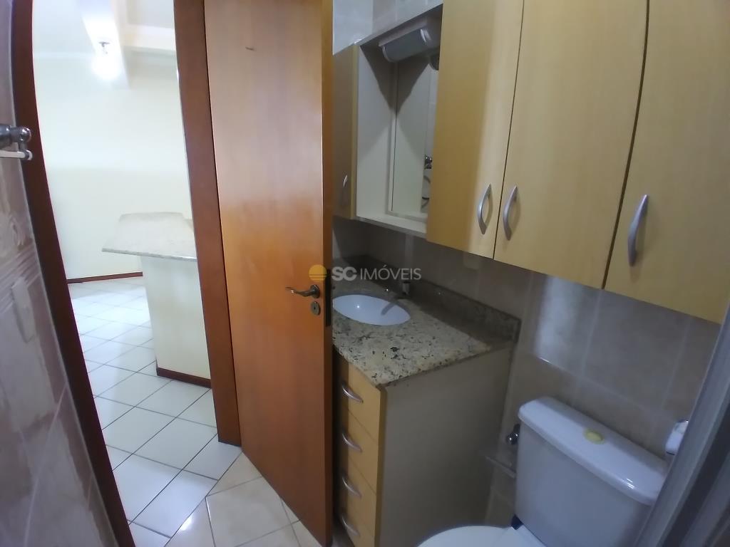 20. Banheiro Social - ângulo 2