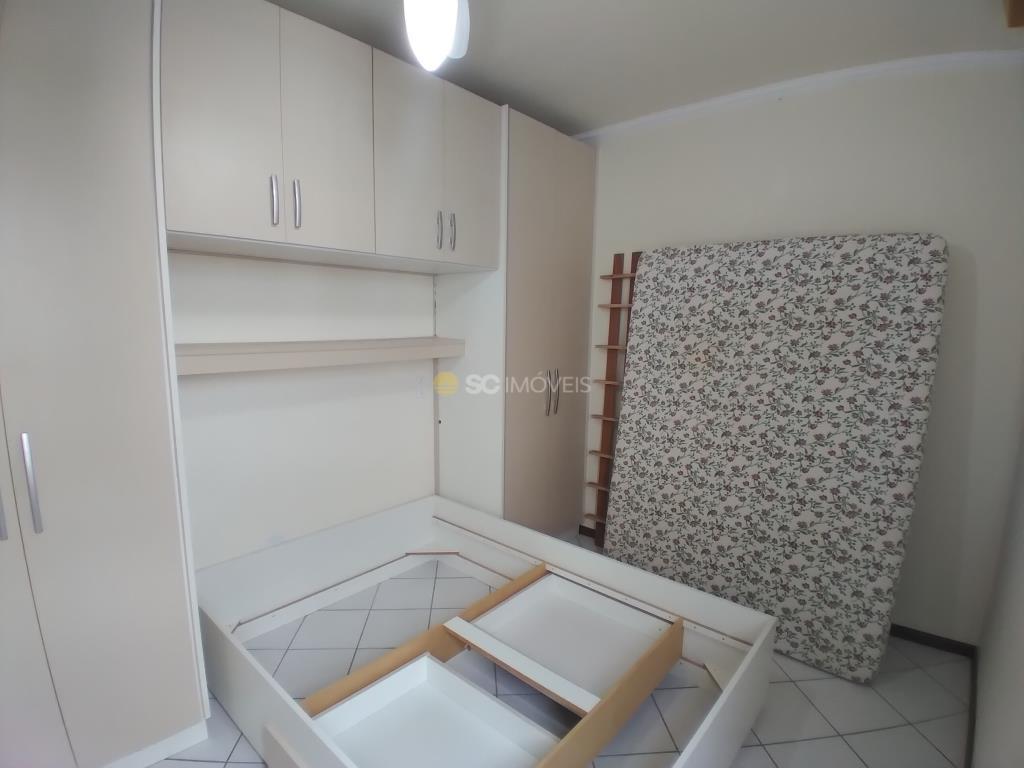 27. Dormitório Suite - ângulo 3
