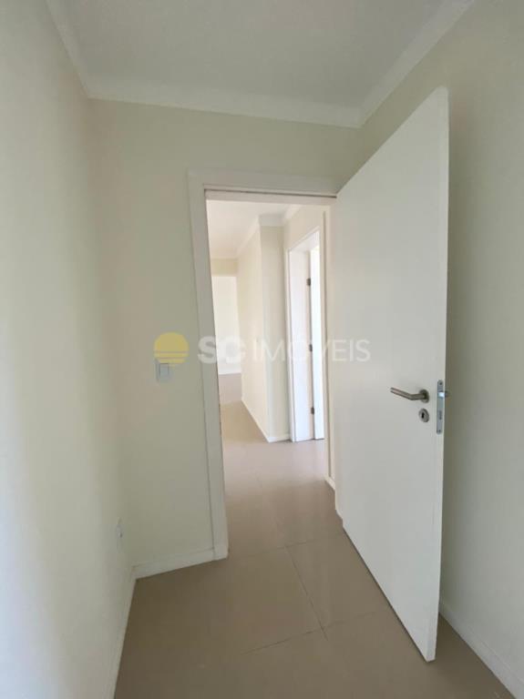 7. Saindo dormitório 1