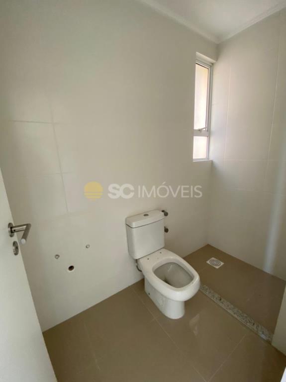 8. Banheiro dormitório 1