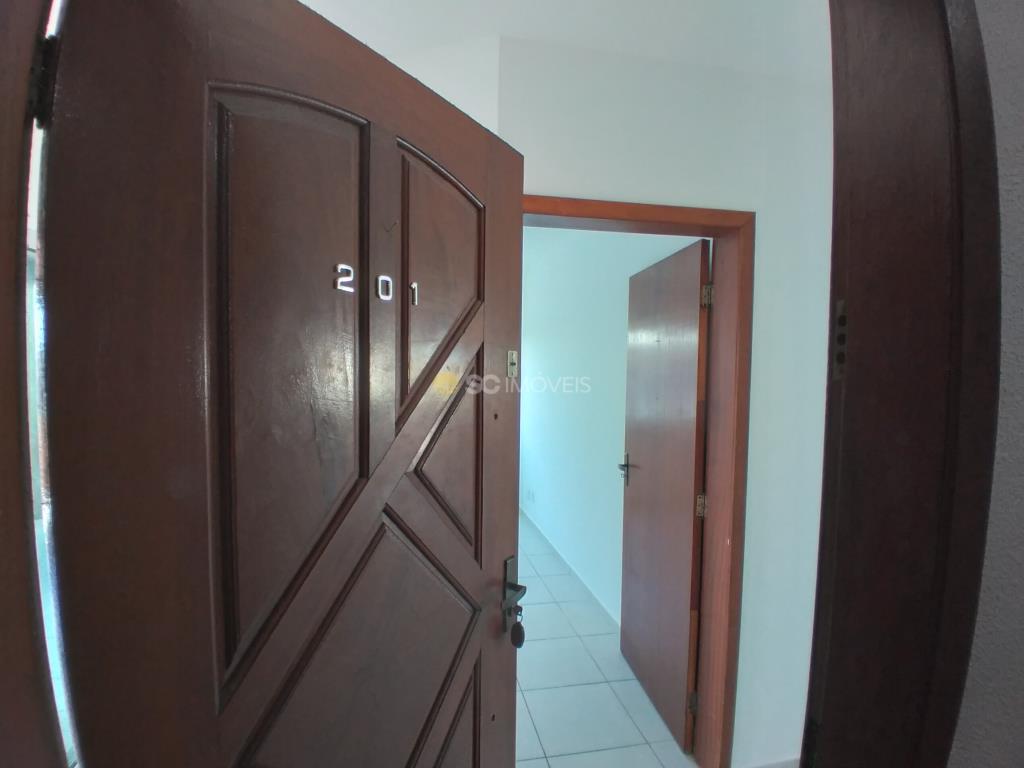 4. Porta de entrada apartamento