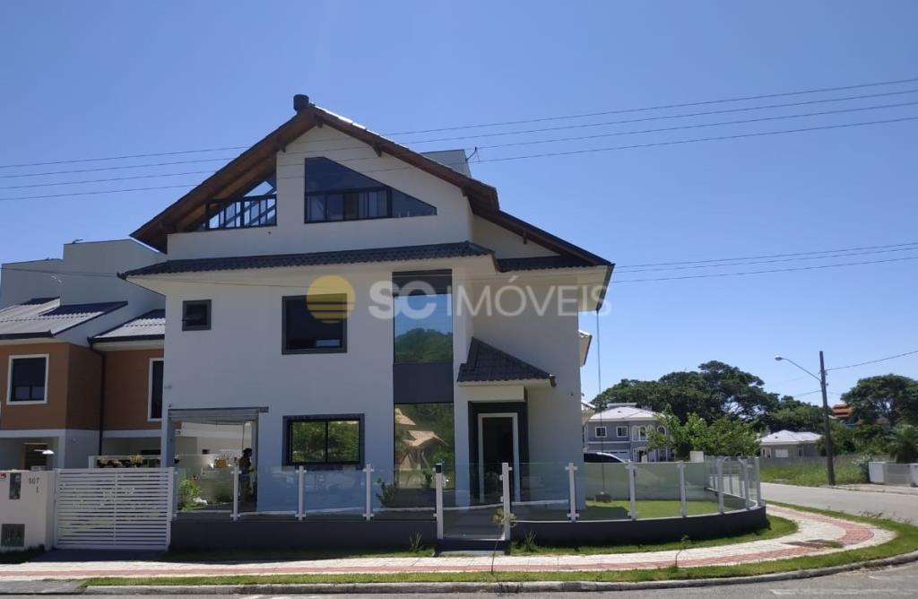 Casa Código 15704 a Venda no bairro Cachoeira do Bom Jesus na cidade de Florianópolis