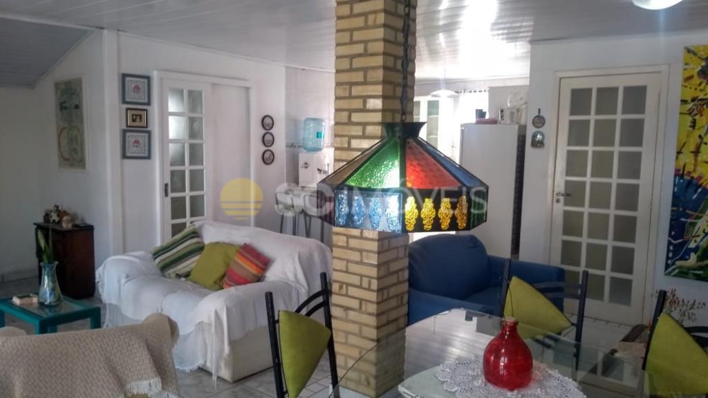 Casa Código 15731 para alugar em temporada no bairro Rio Vermelho na cidade de Florianópolis