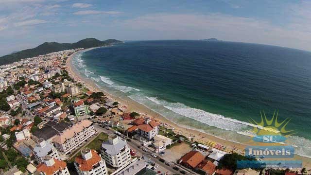 4. vista aérea da praia e casa âng.2