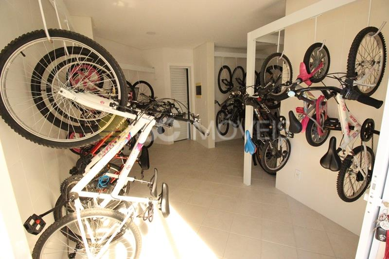 48. Bicicletário