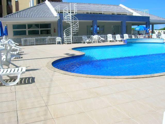 25. Salão de festas e piscina