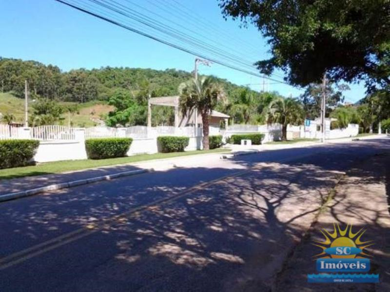 Casa Código 13450 a Venda no bairro Cachoeira do Bom Jesus na cidade de Florianópolis