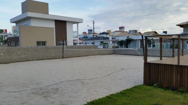 37. Quadra de areia