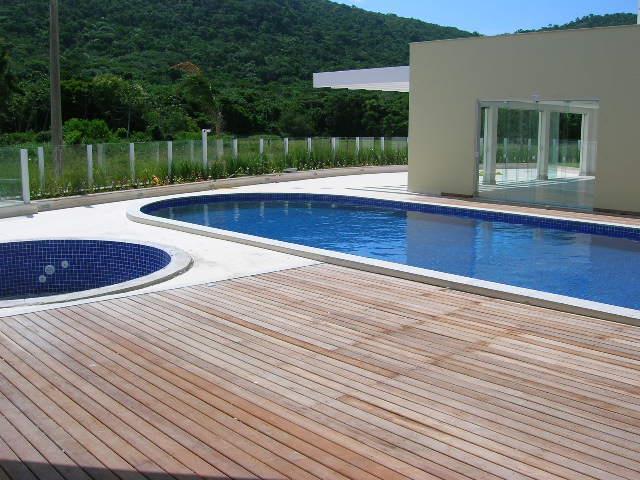 48. piscina âng.2