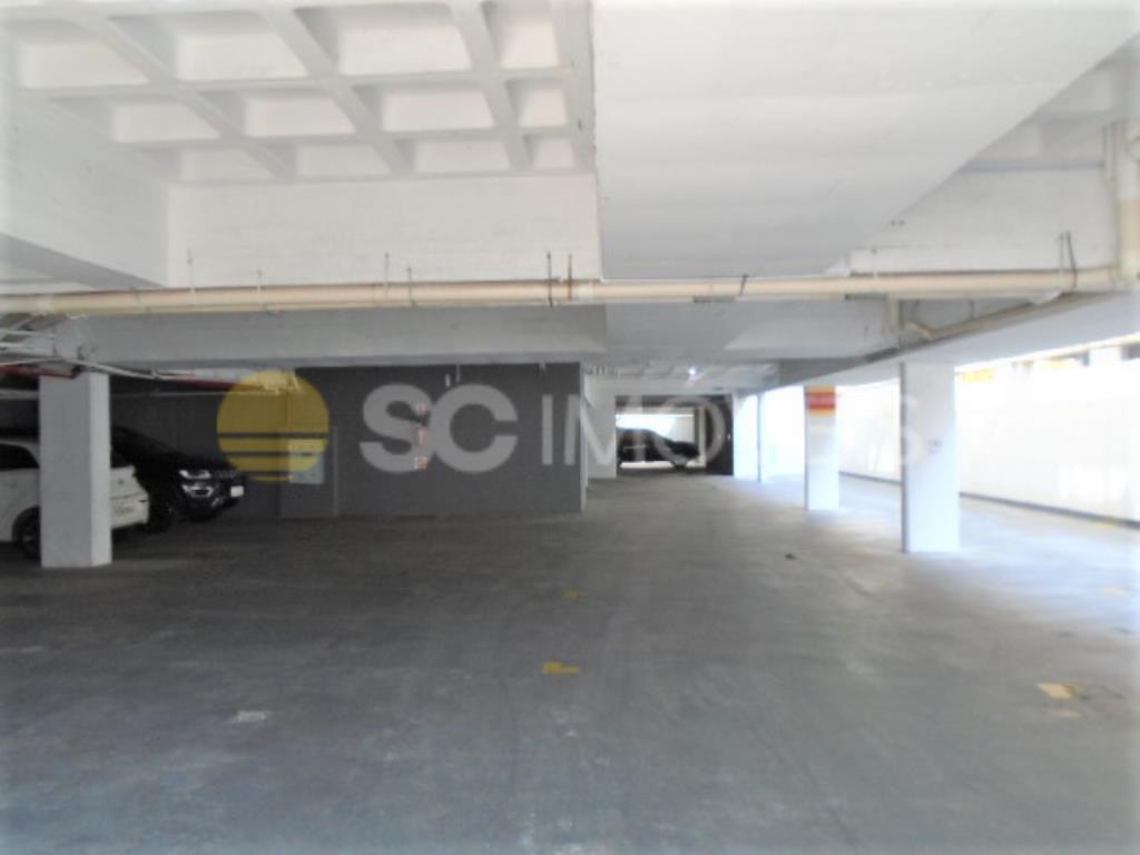 22. Área garagens